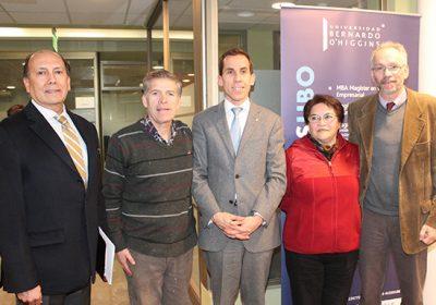 Vecinos y Alcalde de Santiago se reúnen en la U. Bernardo O'Higgins