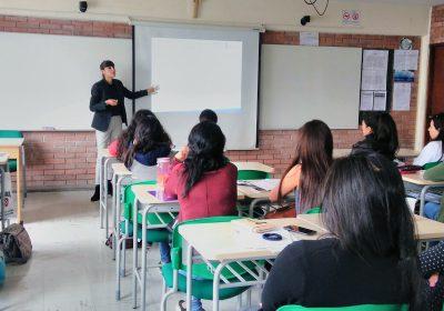 Académica de Nutrición y Dietética realiza pasantía en Universidad peruana