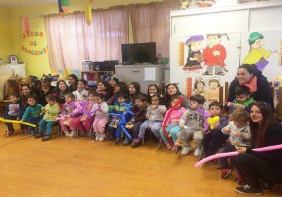 Alumnas realizaron lúdica intervención en Jardín Infantil de la capital